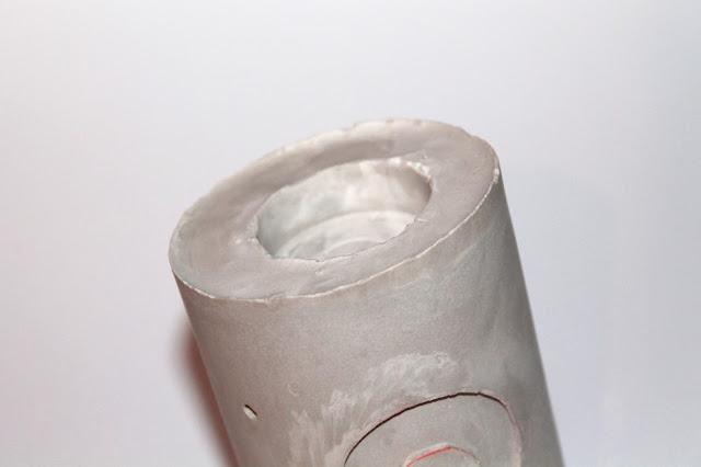 DIY, Basteln: Gips / Beton Kerzenhalter als Weihnachtskranz in Weihnachtsdekoration - DIYCarinchen