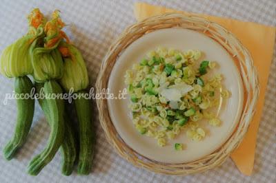 foto Ricetta pasta all'uovo con zucchino fiore per bambini