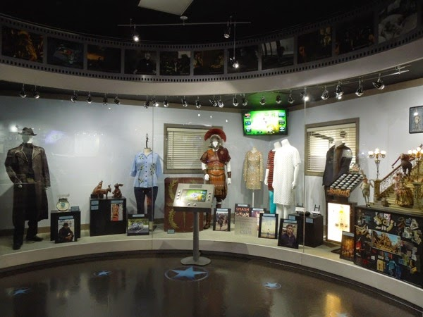 Universal Studios Hollywood movie costume prop exhibit