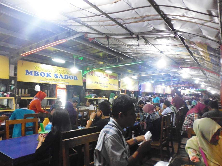Berburu Kuliner Di Simpang Lima Semarang Emak Mbolang