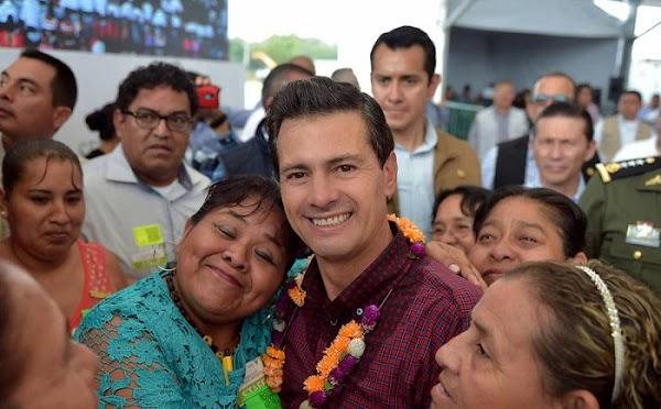 Está disminuyendo la pobreza y cuando termine mi sexenio bajará más: Peña Nieto