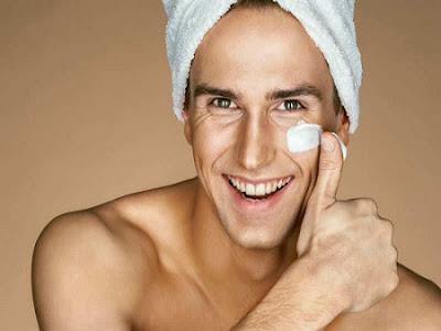 Conseils de soins de visage pour les hommes