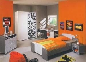 Cuarto juvenil en naranja y gris