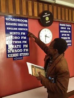 Con Khainga O'Okwemba nella sede della KBC