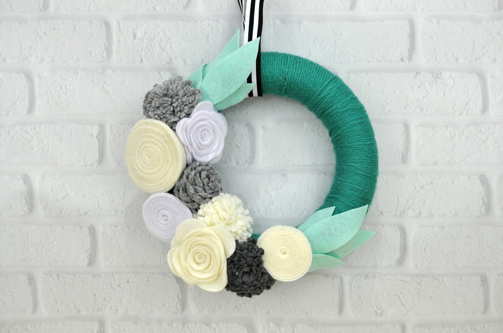 How to Create a Yarn Wrapped Floral Wreath