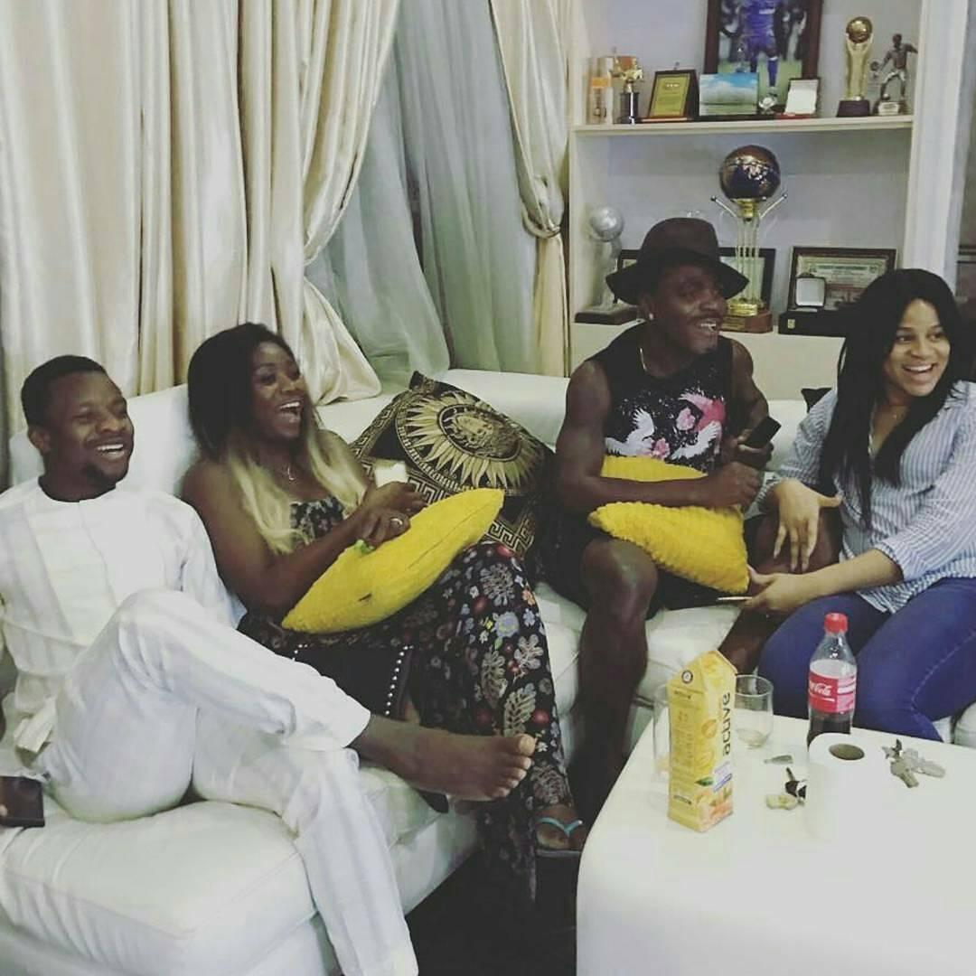 Striker Emmanuel Emenike s Pregnant Fiancee Looks Pretty As They
