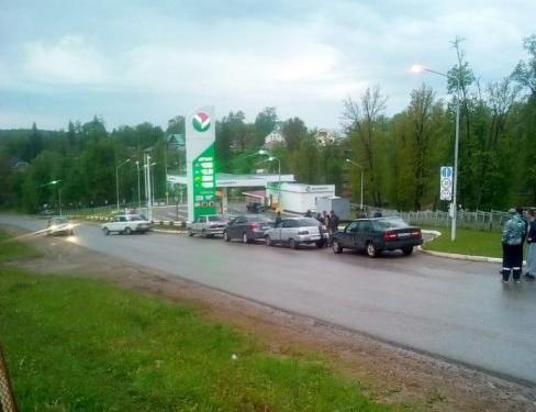 Автолюбителей в Башкирии штрафанули за блокировку заправки