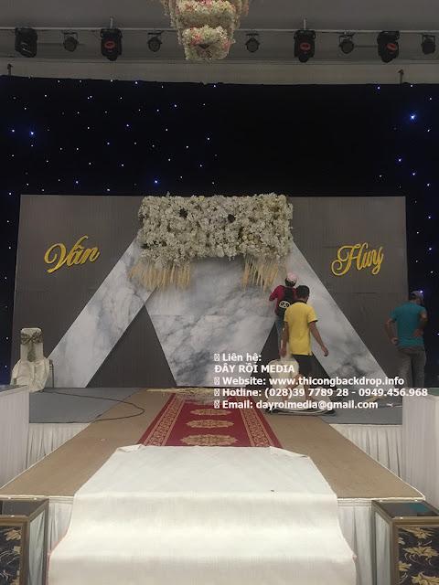 Backdrop Cắm Hoa  Đẹp & Độc Đáo cho tiệc cưới tại TPHCM