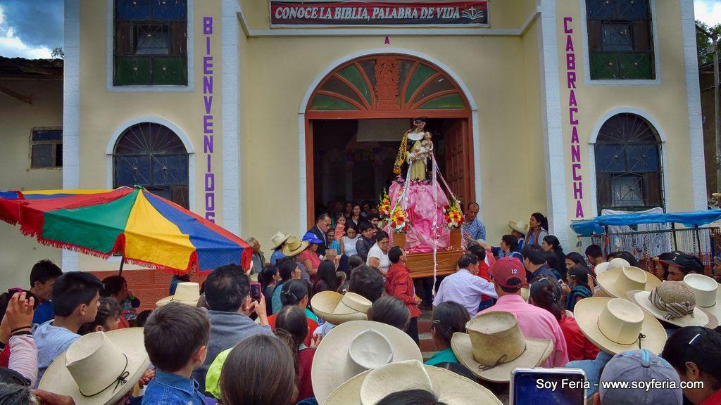 Imagen de Santa Rosa de Lima saliendo en Procesión