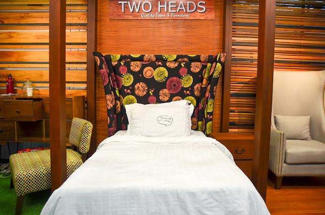 Two Heads bed