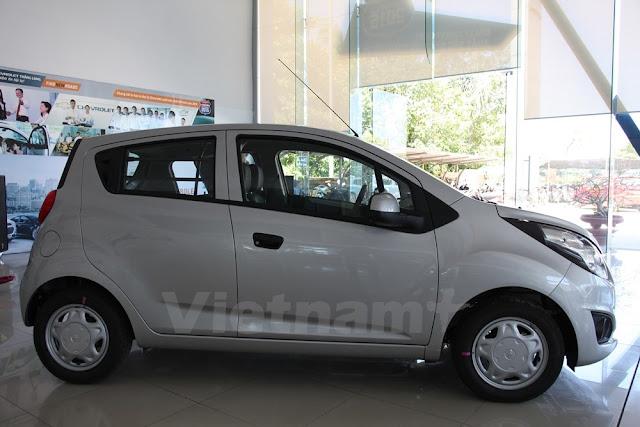 Giá xe Chevrolet Spark Duo 2018 (Hông xe)