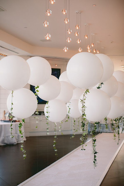 K'Mich Weddings - wedding planning - balloons - ceremony