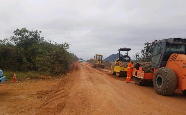 A BA-142  que passa por Andaraí, Mucugê e Barra da Estiva, já está sendo restaurada