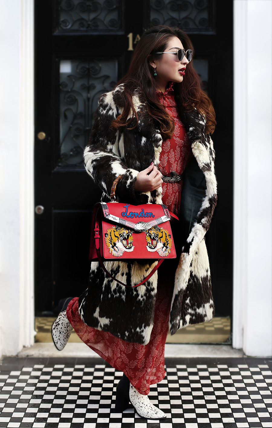 What's In My Handbag: Gucci Lilith, London limited edition