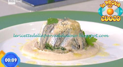 Tortino di alici con cicoria e patate su crema di cannellini ricetta Scarpa da Prova del Cuoco