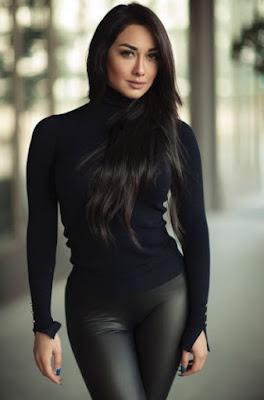 Iranian actress Sadaf Taherian