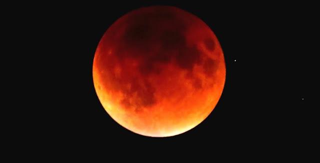 Lima Hal Yang Perlu Anda Ketahui Tentang 'Super Blue Blood Moon'
