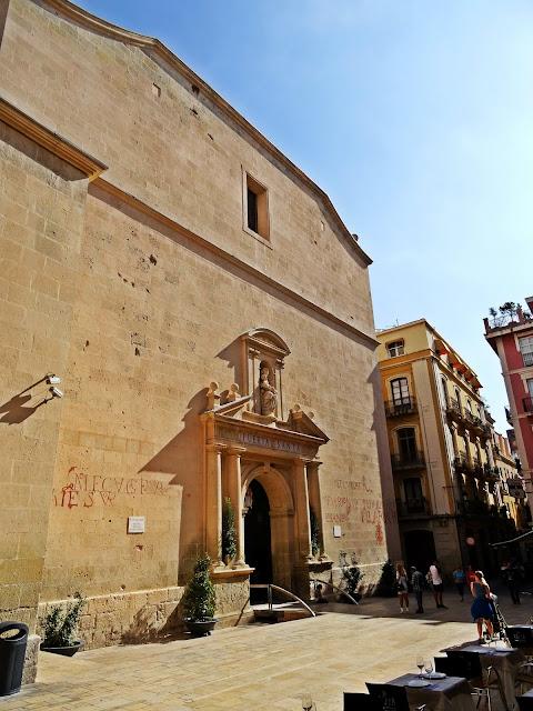 zabytkowy kościół w Alicante
