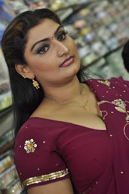 Chelli tho Dengulata - Anna Chelli dengudu stories