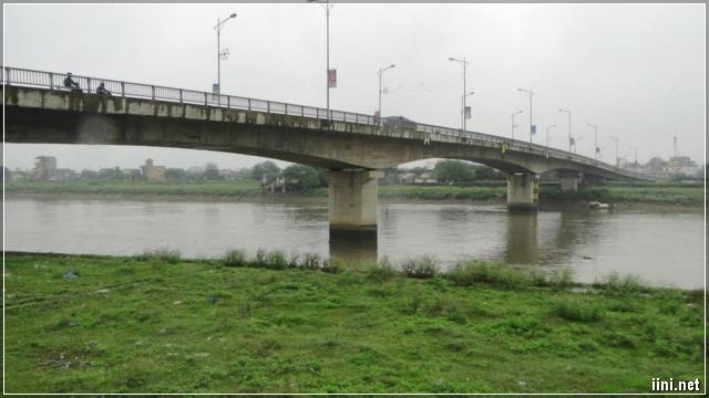 cầu Bo bắc qua Sông Trà Lý - Thái Bình