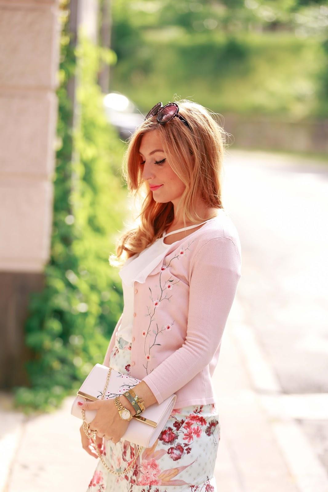 Fashionstylebyjohanna-blumenkleid-florales-kleid-nude-dress-orsay
