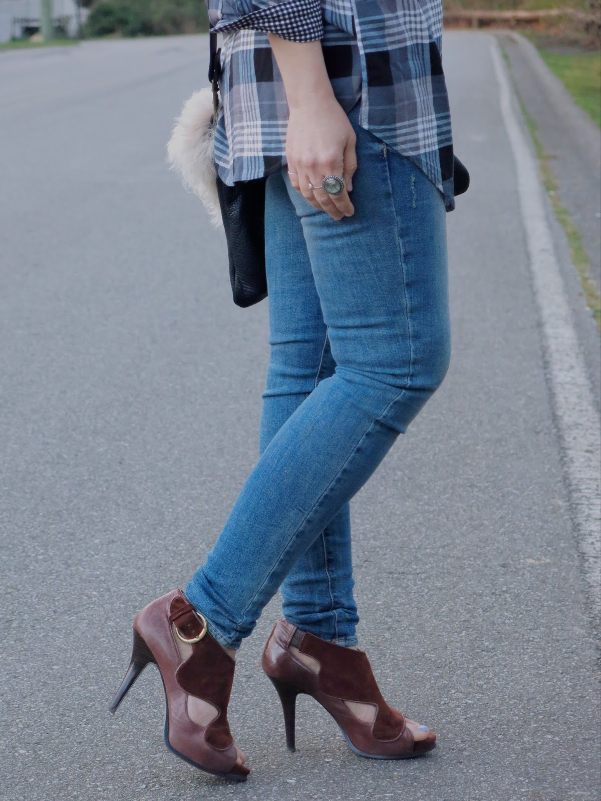 skinny jeans and statement shoes
