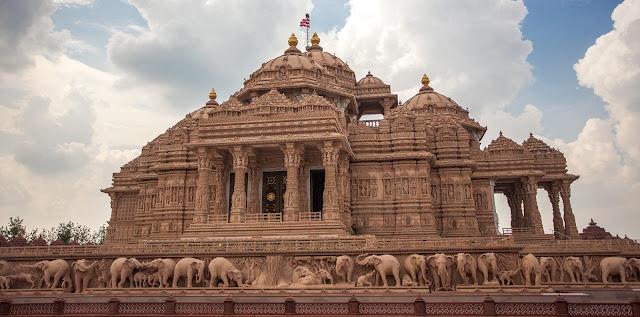 Swaminarayan Akshardham, NewDelhi Akshardham Darshan, Akshardham Tour Packages, Akshardham OneDay Darshan, Sighseeing Tour of Delhi, Delhi Car Rental, Akshar Travel Services, akshr infocom, www.aksharonline.com, travel.aksharonline.com, 8000999660, 9427703236