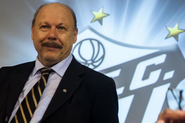 b143beea27 SANTÁSTICO RESENHA  Peres irá rescindir contrato do Santos com a ...
