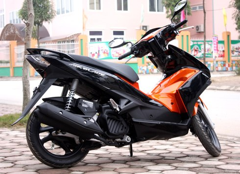Sơn xe Airblade 125 cam đen zin cực đẹp
