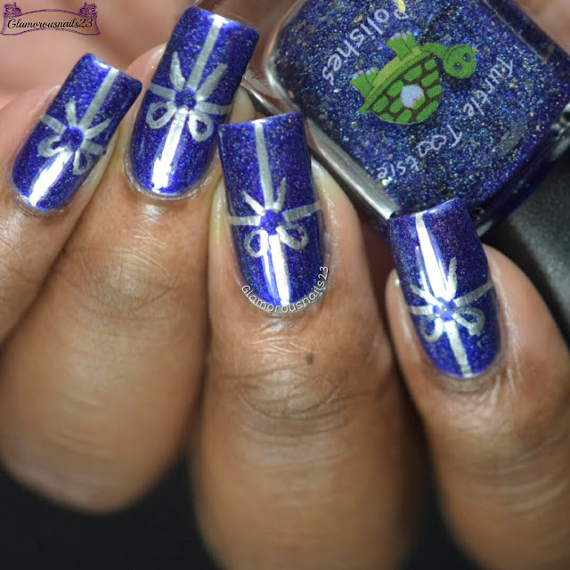 Winter Nail Art Challenge 2016 Day 12 - Wrapping Paper/Bows