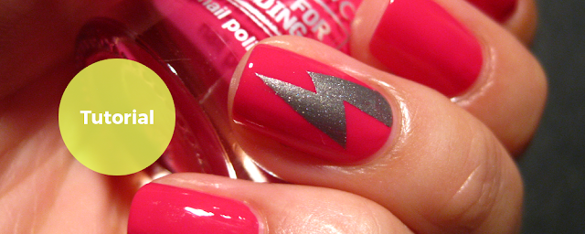 Nailside: tutorial: vertical lightning bolt.