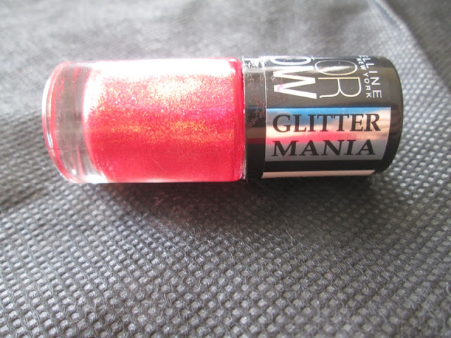 Maybelline Color Show Glitter Mania Red Carpet Review, Swatches & NOTDs