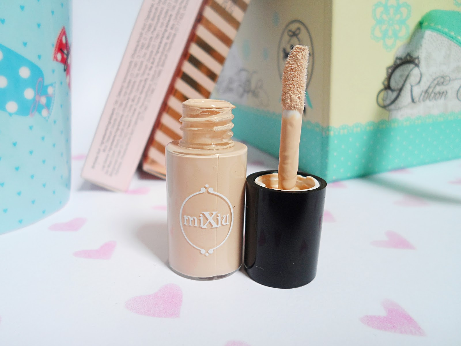 korean asian makeup cosmetics product review blog mixiu makeup concealer review pictures liz breygel