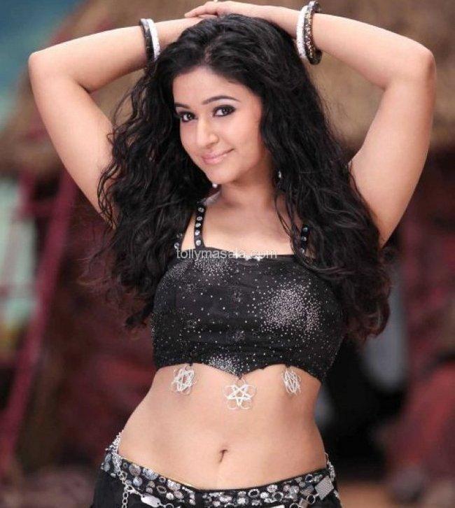 Poonam Bajwa Sexy Navel show- Hot HD Photos