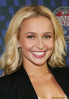 Hayden Panettiere  At Vans 2011 Custom Culture contest