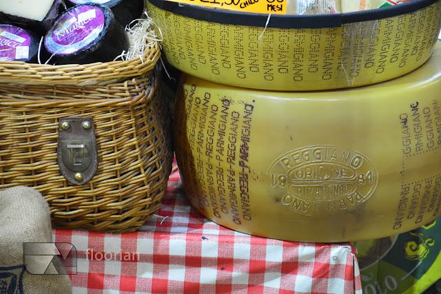 Co musisz skosztować w Bolonii? Parmigiano Reggiano, oraz octu balsamicznego