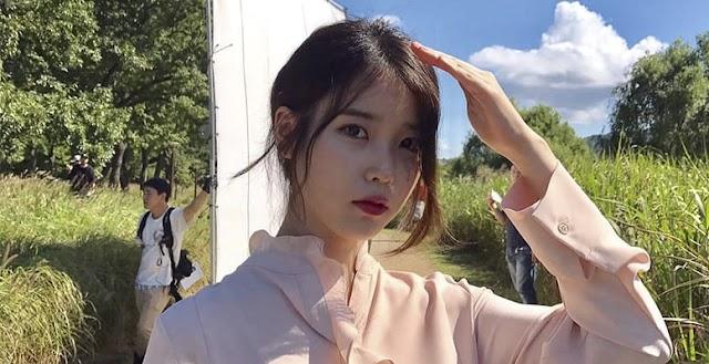 IU se disculpó después de mencionar a Kang Daniel