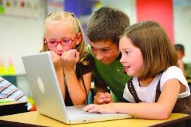Tips Parenting —  Penggunaan Media Digital Dalam Keluarga