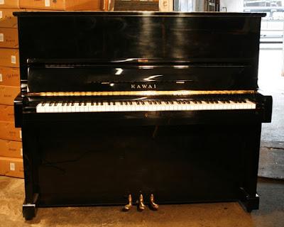 piano Kawai KU1D