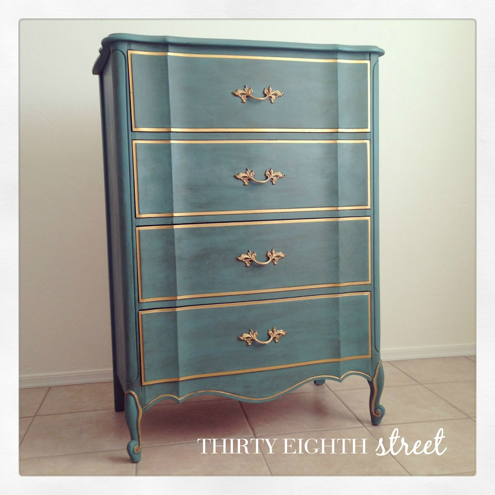 The melinda bedroom collection thirty eighth street for How to paint my bedroom furniture