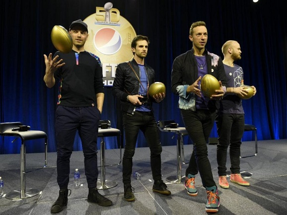 Coldplay, Beyonce, Bruno Mars tampak di Kompetisi terakhir pertandingan Super Bowl NFL