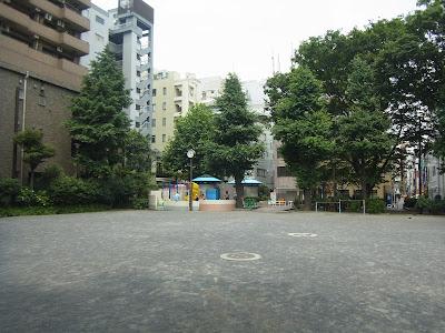 芳林公園(東京都千代田区)