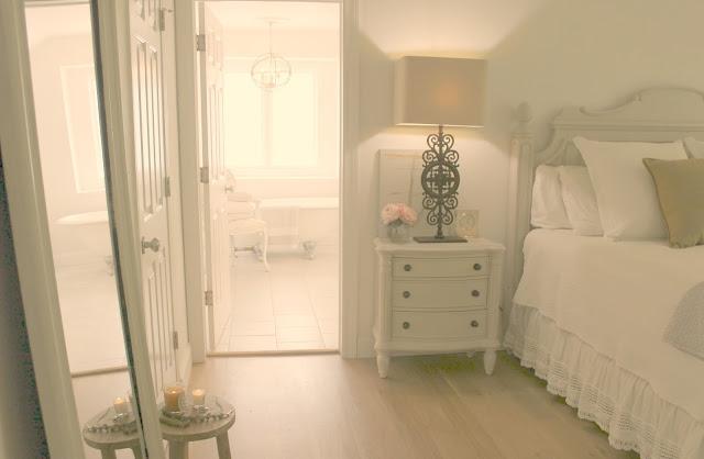 hello-lovely-fixer-bedroom-farmhouse-feminine-romantic-cottage-reno