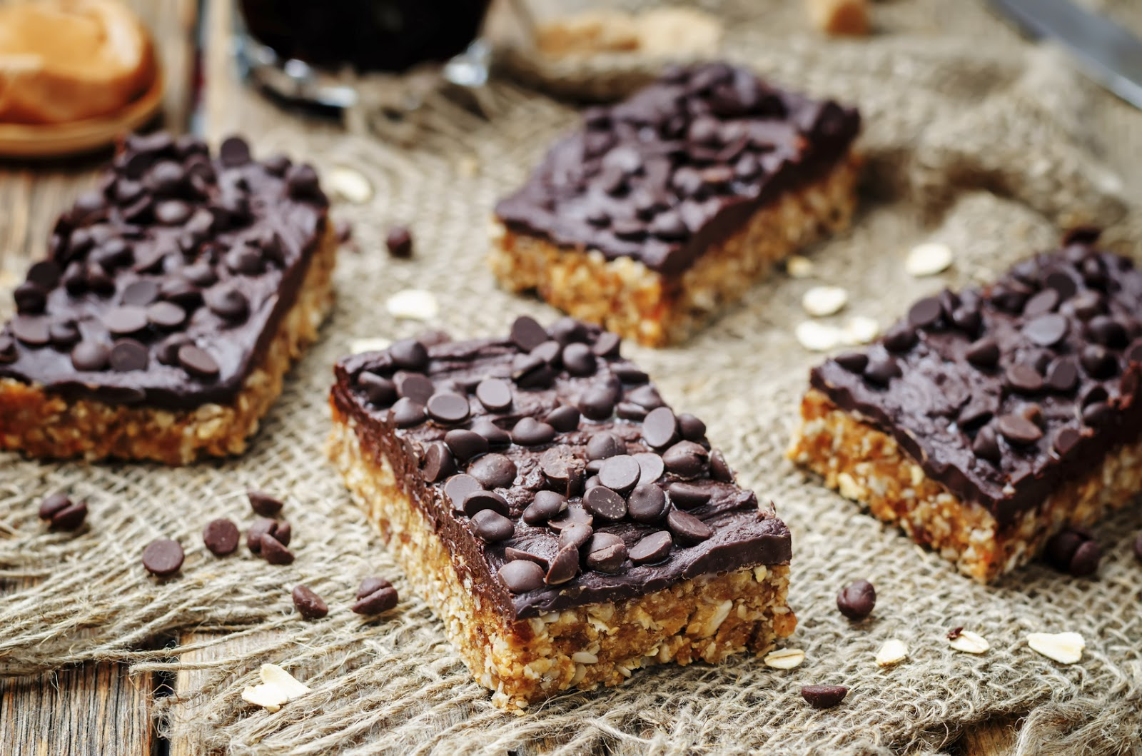 No-Bake Peanut Butter Bars With Chocolate Frosting