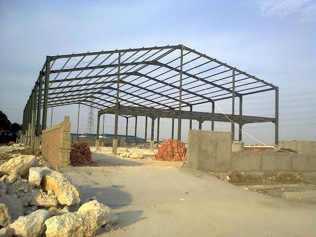 Jasa konstruksi baja,jasa konstruksi baja WF,jasa konstruksi baja cikarang,jasa konstrusi baja bekasi,fabrikasi konstruksi baja,kontraktor baja bangun gudang,pemborong proyek struktur baja