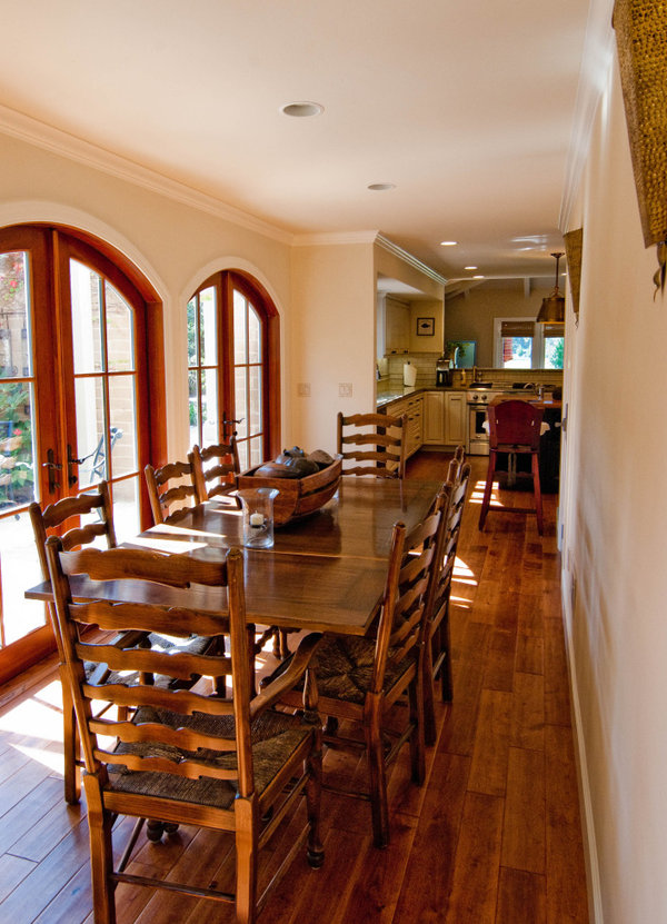 Homessay Two Story Spanish Colonial House From Regan