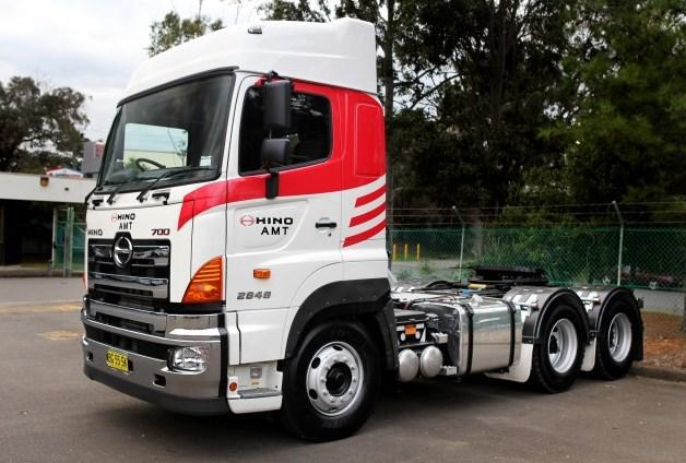 contoh modif mobil truk hino tronton