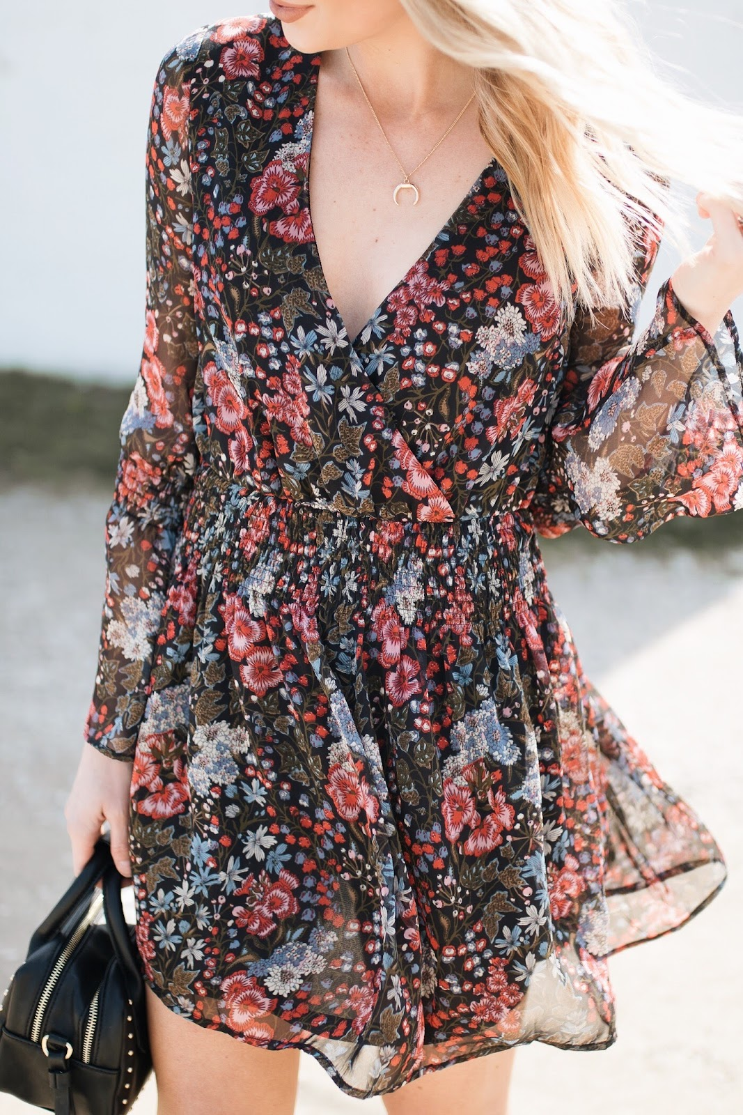 deep v black floral dress, horn necklace