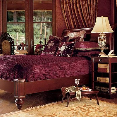 Boudoir Victorian Gothic Style Bedroom Decorating Ideas   Gothic Chic