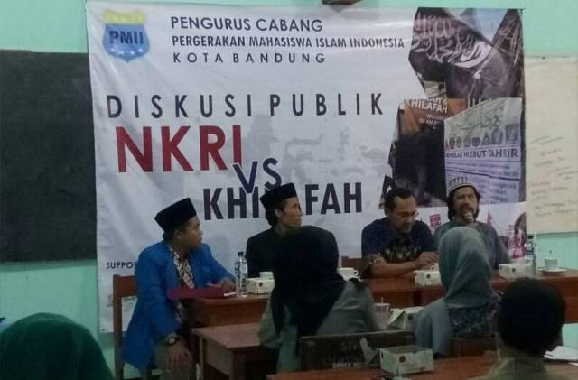 Diskusi publik NKRI vs Khilafah